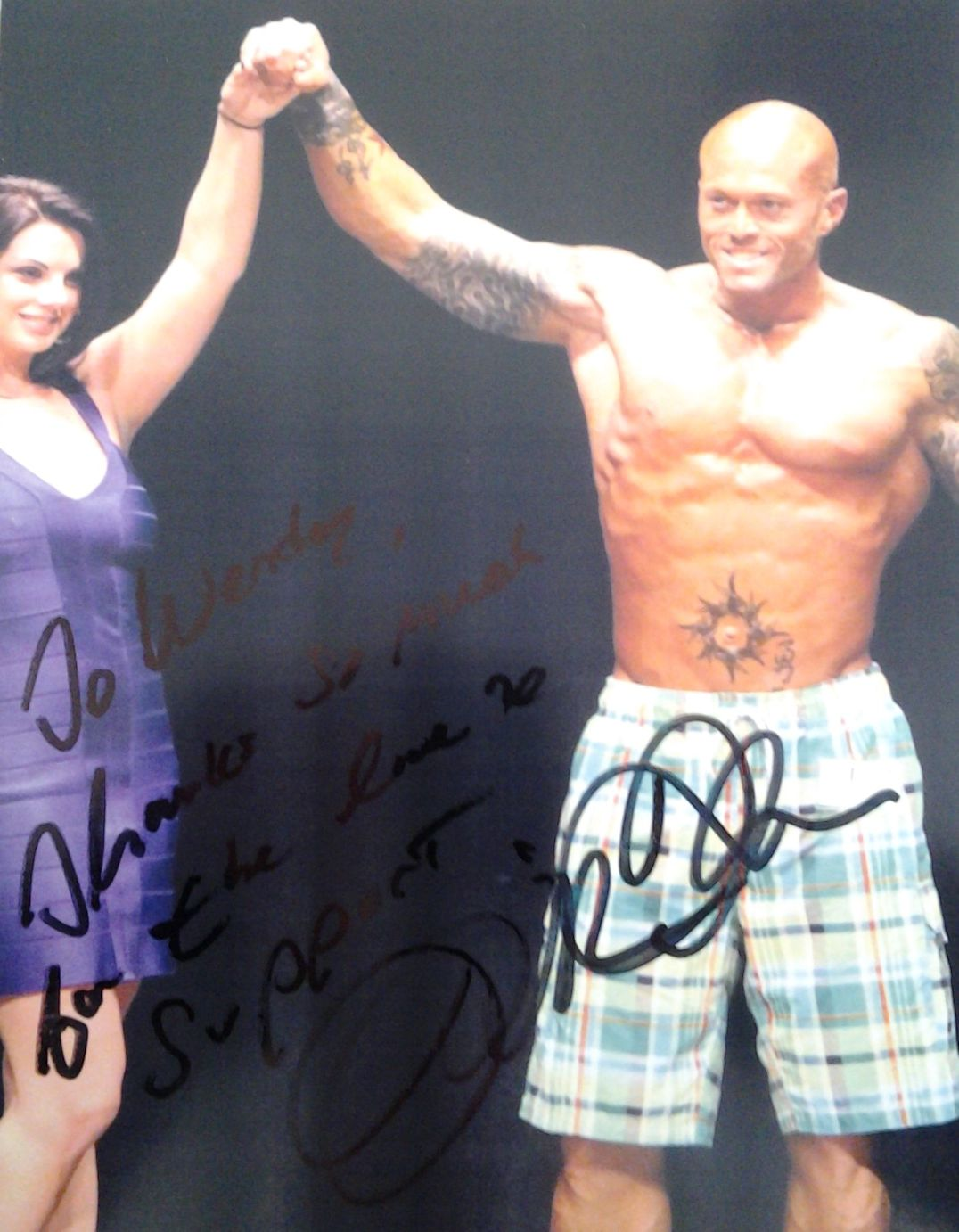 Physique Model John Quinlan Autograph