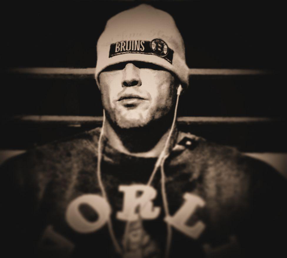 Tattooed Physique Model John Quinlan World Gym Training 2014