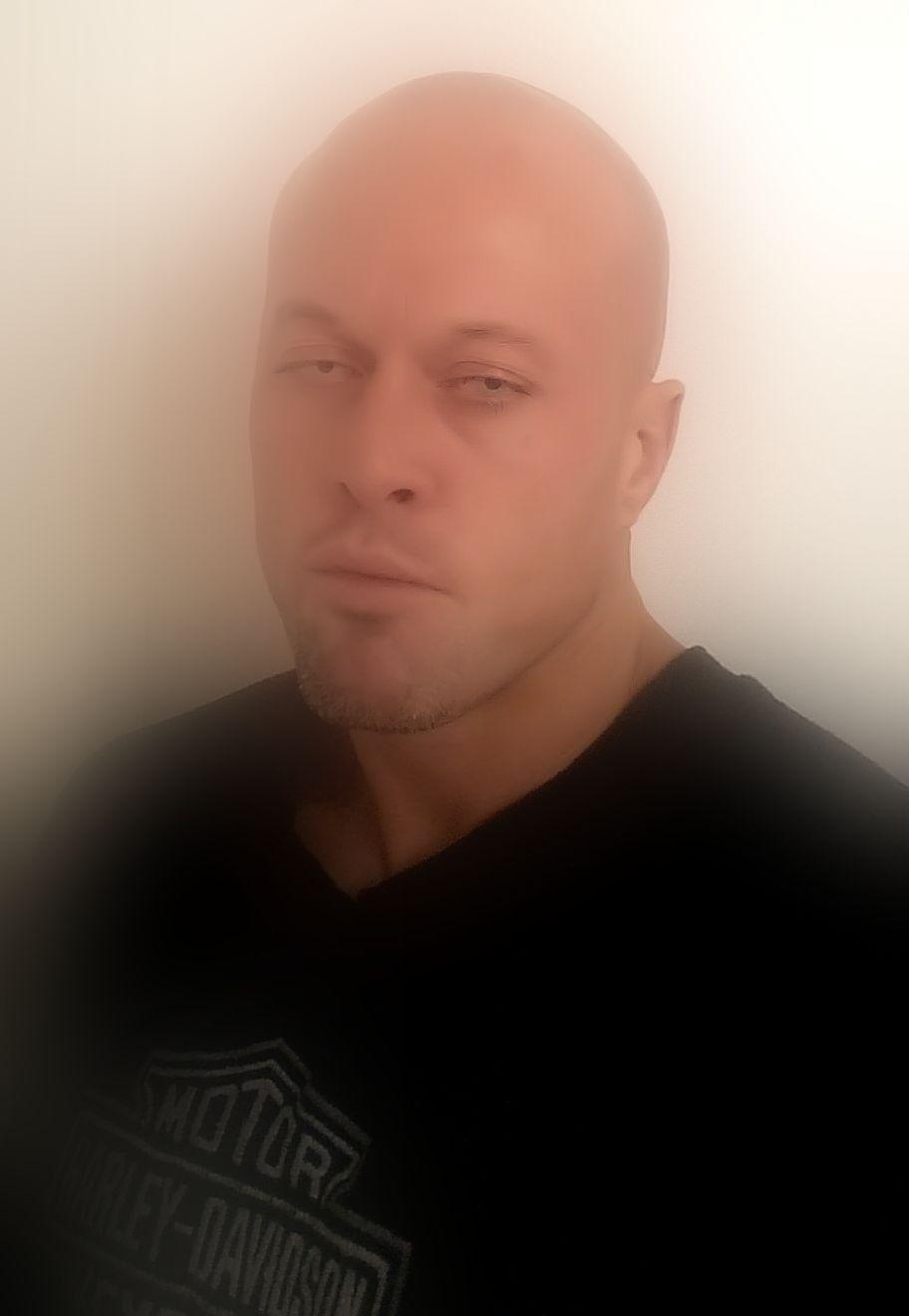 John Joseph Quinlan Physique Romance Tattoo Model Featured Profie 2014