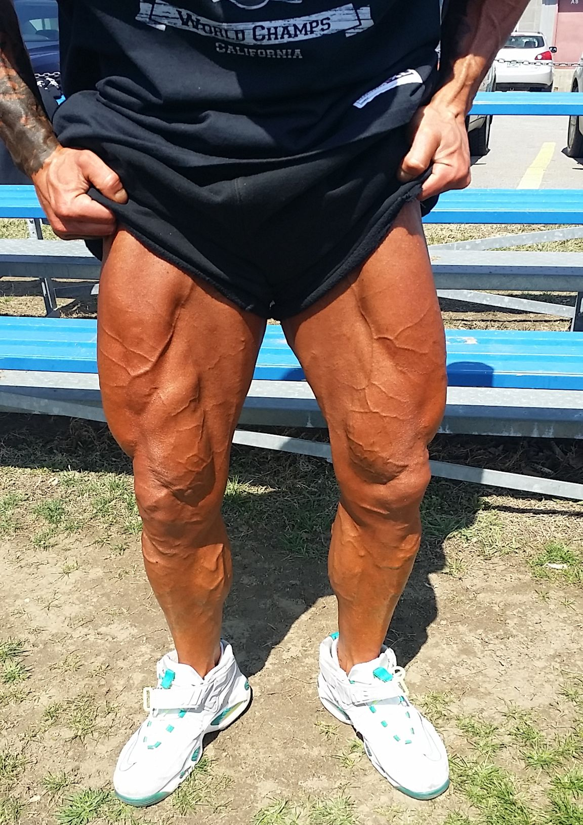 2015 NPC Vermont Championships Physique Model John Joseph Quinlan Thighs Quads Calves 4-18-2015 #JohnQuinlan