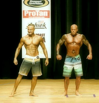 2014 NPC New England Championships Men's Physique John Joseph Quinlan vs. Rolando Amorim on Stage #JohnQuinlan