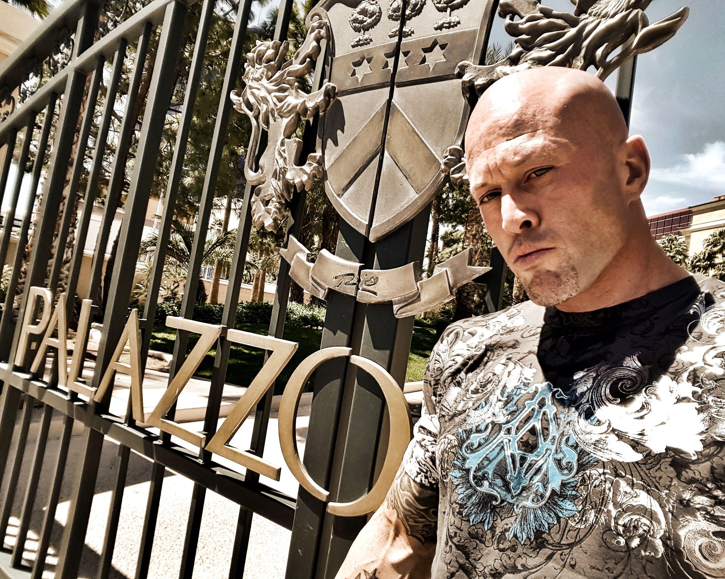 Actor & Model John Joseph Quinlan Outside Palazzo Suites Rio Las Vegas 2016. #JohnQuinlan