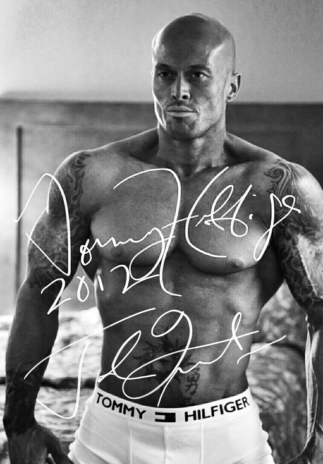 RT Cover & Physique Model John Joseph Quinlan 2012 Tommy Hilfiger Autograph #JohnQuinlan
