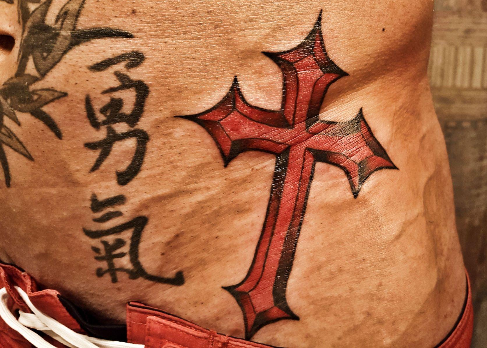 John Joseph Quinlan Physique Model Actor Cross Tattoo by Jon Saulnier #JohnQuinlan