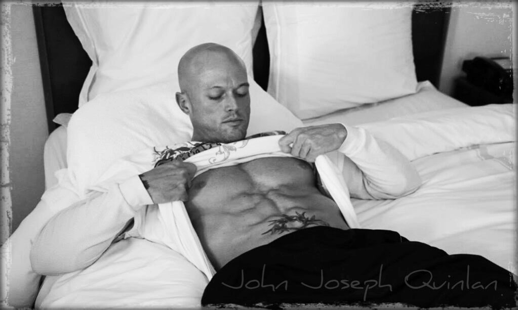 Romance Cover Tattoo Physique Model & Actor John Joseph Quinlan Abs #JohnQuinlan