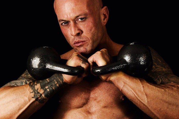 Physique Fitness Cover Model & Actor John Joseph Quinlan Kettlebells #JohnQuinlan